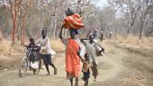Thousands Flee Yida Camp, Fear Return After Clashes
